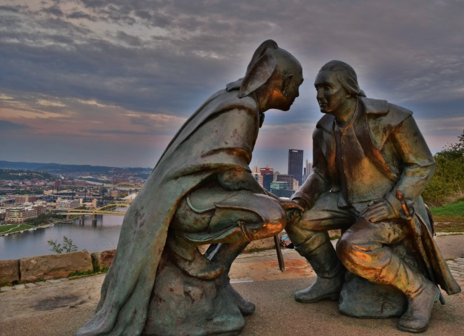 Washington negotiate statue pittsburgh downtown hdr