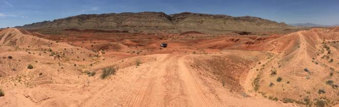Jeep off road logandale trails orange and red rocks